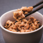 ひきわり納豆と粒納豆〜効能の違い